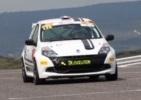 La Renault Clio Cup est proposée sur circuit en stage de pilotage mais aussi en course de côte.