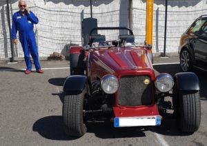 Une élection du plus beau véhicule exposé après la parade sur le circuit et vers le village de Gonfaron.