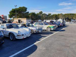 Le rallycircuit 2 019 beaucoup de voitures dans différentes catégories. Un spectacle exceptionnel