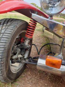 Toute voiture idéale circuit qui se respecte a des amortisseurs filetés.